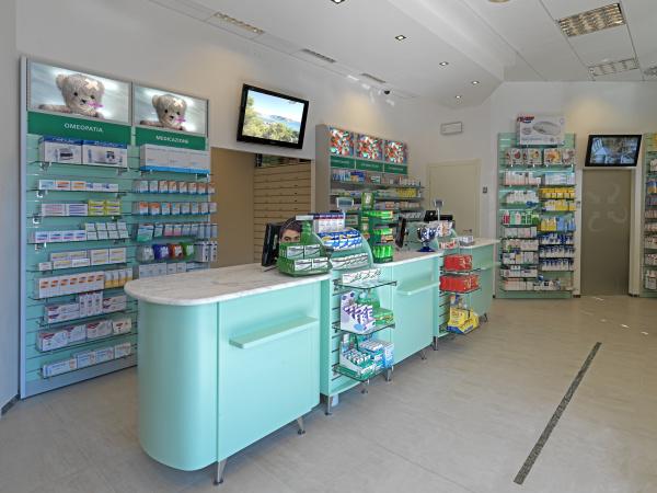 Arredamento farmacia for Ekofarma arredamenti